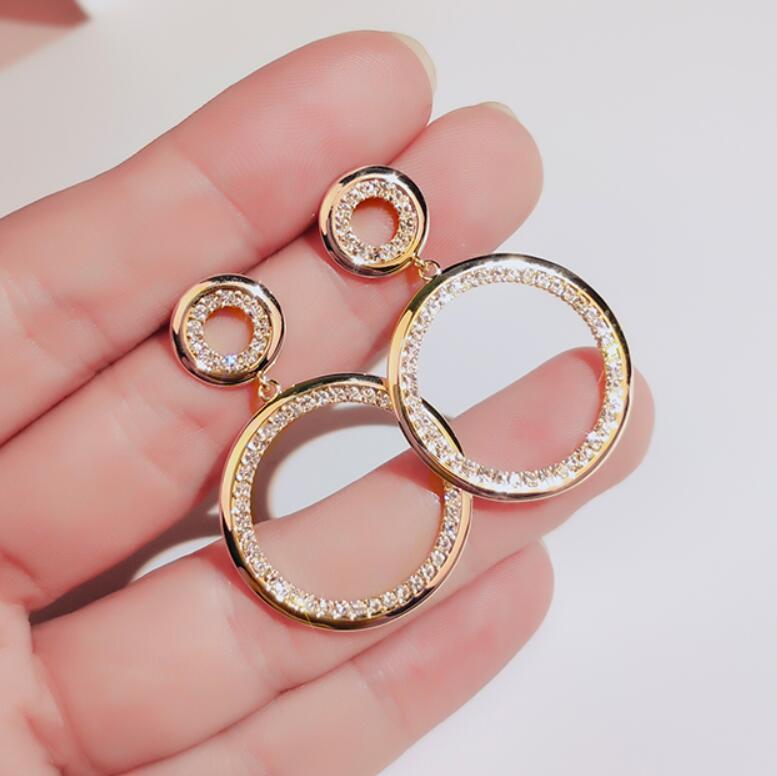 【925銀針】・ピアス・イヤリング・誇張・レディース高級感あり・アクセサリー・ファッション
