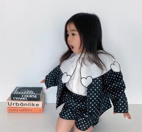 新作★大人気アパレル★女の子子供服★キッズ服★コート+ショートパンツ★2点セット
