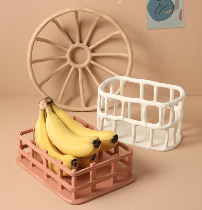 雑貨★フルーツ盛り合わせ★癒し小物★室内飾り★装飾品★樹脂製果物載せ