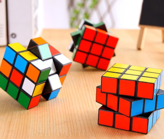 雑貨★ルービックキューブ★玩具★知育玩具